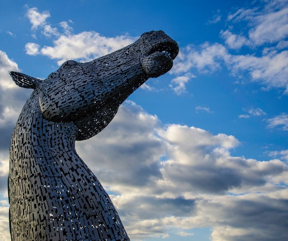 The Kelpies - Courier delivery in Scotland